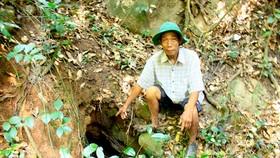 Địa đạo giữa rừng thiêng