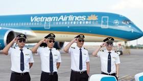 Không để xảy ra tình trạng tranh giành phi công trong nước