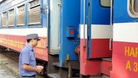 Hiu hắt đường sắt - Bài 2: Doanh thu cực thấp
