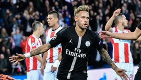 Neymar đ0ã ghi hattrick trong chiến thắng 6-1 trước Red Star Belgrade.
