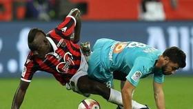 Mario Balotelli rất nỗ lực nhưng không ghi bàn nào