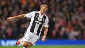 Cristiano Ronaldo đang bùng nổ trên mọi đấu trường