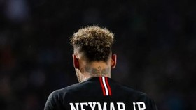 Chấn thương của Neymar gây tổin thất lớn cho tinh thần của PSG