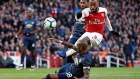 Man United thua đau Arsenal 0-2, Solskjaer mất chuỗi trận bất bại