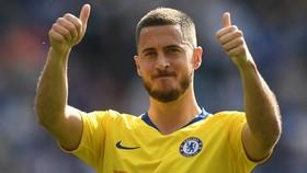 Eden Hazard đoạt giải Cầu thủ xuất sắc nhất trong cuộc bầu chọn các các fan Premier