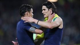 PSG gia hạn Edinson Cavani, nhưng nói không với Thiago Silva