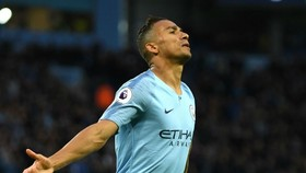 Danilo trong màu áo Man City mùa qua