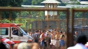 Nhiều nhà tù ở Brazil luôn trong tình trạng quá tải (Ảnh : teleSUR)