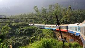 Tuyến đường sắt Bắc-Nam được xếp trong 10 tuyến đường sắt đẹp nhất thế giới.