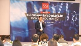 Ông Đào Minh Châu, Chuyên viên cao cấp Phân tích và Tư vấn đầu tư - Khối Dịch vụ Chứng khoán Khách hàng Tổ chức SSI, chia sẻ tại hội thảo.