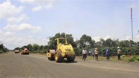 Xem xét dừng Dự án đường Hồ Chí Minh đoạn Chơn Thành-Đức Hòa