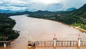 Tuyến đường sắt kéo dài từ biên giới Trung Quốc sang Thủ đô Viêng Chăn của Lào đang trong giai đoạn xây dựng từ nguồn vốn Trung Quốc.