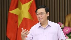 Phó Thủ tướng Chính phủ Vương Đình Huệ phát biểu. (Ảnh: Dương Giang/TTXVN)