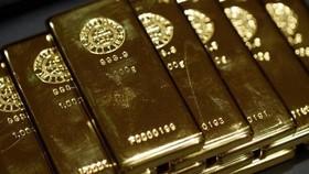 Giá vàng thế giới giảm do thị trường chứng khoán tăng điểm