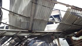 Hiện trường vụ hỏa hoạn thiêu rụi nhà xưởng sản xuất gỗ