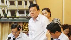 Giám đốc Sở TN-MT TPHCM Nguyễn Toàn Thắng, khẳng định đã chôn lấp rác thì sẽ phát sinh mùi nên chuyển sang công nghệ khác. Ảnh: KIỀU PHONG