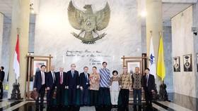 Đoàn đại biểu cấp cao TPHCM tại Đại học Indonesia. Ảnh: KIỀU PHONG