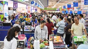 GDP bình quân của người Việt Nam tăng lên 2.385 USD