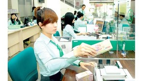 Đề nghị tiếp tục giảm lãi suất cho vay trong các lĩnh vực ưu tiên
