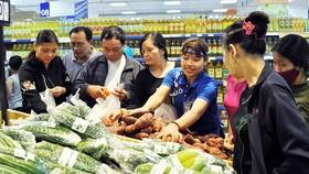 Nhóm hàng ăn và dịch vụ ăn uống giảm giá 0,57%