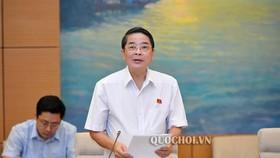 Theo Chủ nhiệm Ủy ban Tài chính – Ngân sách Nguyễn Đức Hải (ảnh), hệ thống pháp luật về quản lý, sử dụng các quỹ tài chính nhà nước ngoài ngân sách khá phức tạp, chưa có văn bản quy phạm pháp luật cụ thể hóa các quy định tại Luật Ngân sách nhà nước 2015