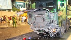 Hiện trường vụ tai nạn khiến 6 người thương vong. Ảnh: CHÍ THẠCH