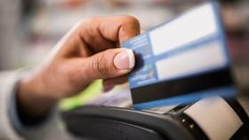 Bắt 2 đối tượng lừa đảo chiếm đoạt hơn 600 triệu đồng từ thẻ tín dụng