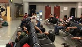 Gần 20% số chuyến bay chậm giờ