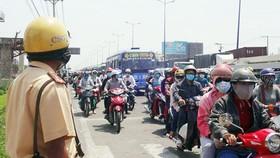 Công bố đường dây nóng phản ánh an toàn giao thông trong kỳ nghỉ tết