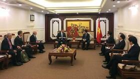 Đại sứ Hoa Kỳ trao chứng chỉ CAT1 cho Cục Hàng không Việt Nam