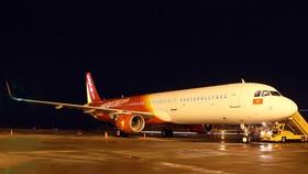 Một máy bay từ Đà Nẵng đi Hải Phòng bị bong tấm ốp