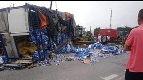 Hiện trường vụ tai nạn giao thông nghiêm trọng trên Quốc lộ 5 hôm 23-7