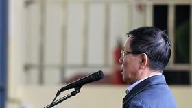 Bị cáo Phan Văn Vĩnh thừa nhận bảo kê đường dây đánh bạc
