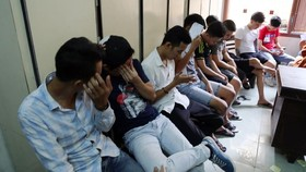 Trong số 50 người được mời về cơ quan công an để kiểm tra thì có 15 đối tượng dương tính với ma túy