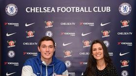 Andreas Chirstensen sẽ gắn kết cùng với Chelsea cho đến 2022
