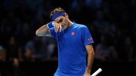 Federer tỏ ra mệt mỏi trong trận thua Nishikori