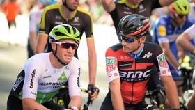 Mark Renshaw (trái)