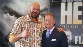 Tyson Fury và Frank Warren