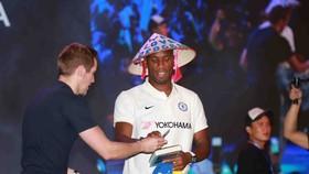 Didier Drogba trong sự kiện hôm 9-12