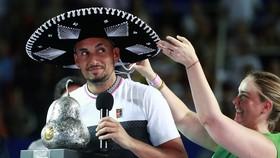 Nick Kyrgios nhí nhanh với danh hiệu ở Acapulco