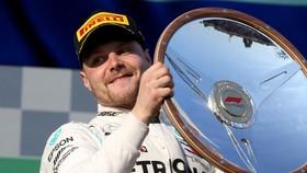 Valtteri Bottas giành chiến thắng mở màn - ở Australian Grand Prix
