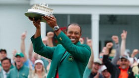 Tiger Woods vô địch Masters Tournament 2019