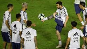 Messi là trung tâm trong buổi tập mới nhất của tuyển Argentina
