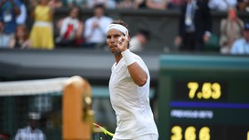 """Nadal """"điểm mặt"""" Kyrgios sau chiến thắng hoàn lễ"""