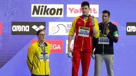 Horton từ chối lên bục nhận huy chương cùng Sun Yang