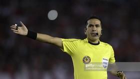 Trọng tài FIFA Raul Orozco