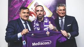 Ribery chính thức trở thành người của Fiorentina