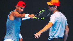 Carlos Moya và Rafael Nadal
