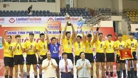 Đội Sanest Khánh Hòa đã vô địch cúp Hùng Vương 2017 và là ứng viên vô địch siêu cúp năm nay. Ảnh: HÀ QUỐC