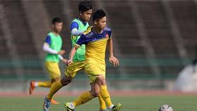 U22 Việt Nam tập luyện trước trận bán kết gặp Inodonesia. Ảnh: Dũng Phương